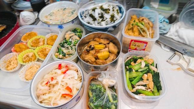 食卓を彩る野菜中心の和食ごはん